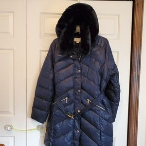 EUC Michael Kors heavyweight belted down coat.